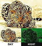 Photonic Wallart, nachleuchtendes Leinwandbild, Leopard unwirklich, fertig gerahmt auf Keilrahmen, Kunstdruck auf Leinwand 80 cm x 120 cm