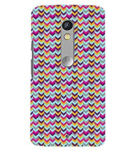 PrintDhaba ZIGZAG PATTERN D-6697 Back Case Cover for MOTOROLA MOTO X PLAY (Multi-Coloured)