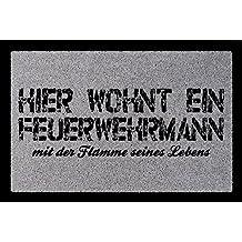 TÜRMATTE Fußmatte HIER WOHNT EINE HAIRSTYLISTIN Frau Beruf Friseur Geschenk Flur
