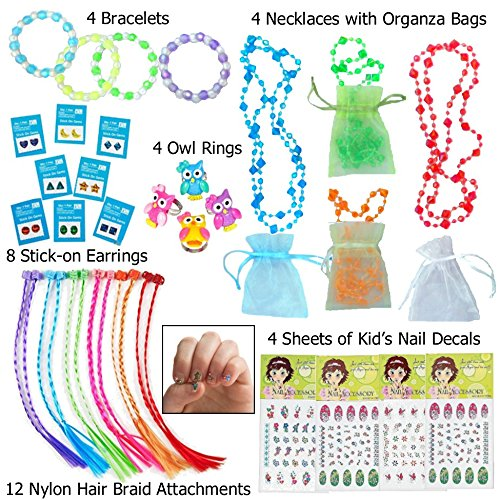ssory Dress up Set - 20 Pc (Jewelry = 12 Cute Rings, 4 Necklaces Each in an Organza Bag, & 4 Bracelets). Great Stocking Stuffers! ()