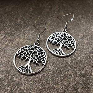 Ohrringe HOLY TREE versilbert Baum des Lebens keltisch Weltenbaum rund Struktur antik hängend handmade einzigartig Damen Mädchen Schmuck Design modern filigran Muster