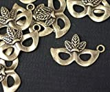6 x Antique Bronze Mask Charms with Jump Rings included for attachments. Universal use for Jewellery, Card Making and Scrap-booking. Check out our Fantastic wide range of Beads, Charms and Findings (Ref:9B38)