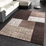 Questo splendido tappeto arricchisce veramente qualsiasi ambiente. Grazie ai raffinati abbinamenti cromatici potrai completare in modo ottimale qualsiasi arredamento interno moderno. Il design è inconfondibile e senza tempo. È lo stile che ti...