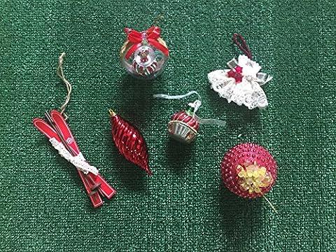 La Fable enchantée ®–24décorations de Noël assorties breloques pendantes différents Christmas Balls ornements Accessoire pour arbre boule de Noël Décoration de Noël introuvable Handmade artisanales aléatoire Made en Italy couleur rouge