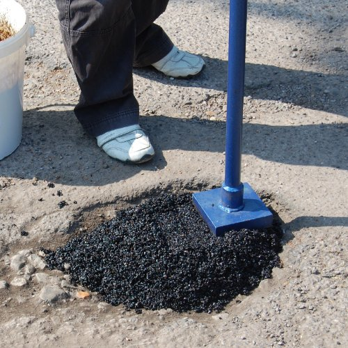 drive-fill-instant-pothole-repair-system-for-tarmac-and-asphalt-drives