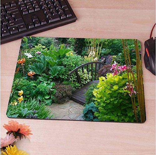 Idyllischer Garten mit Brücke Mauspad Anti-Rutsch, Wasserfest 220x180 Veredeln Sie Ihren Schreibtisch mit diesem eleganten Mauspad