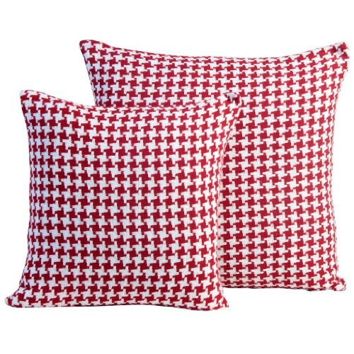 Homescapes Red Houndstooth Cushion, 100% Cotton, 18 x 18; A Great Fit for Sofa or Settee Cushions, or as Display Cushions for your Bed or Conservatory