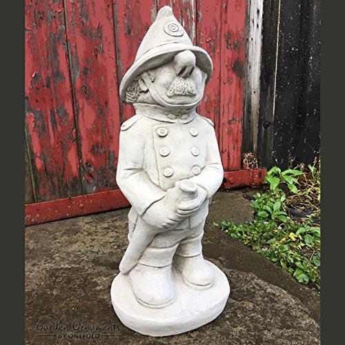 Garden Ornaments by Onefold - Statua decorativa da giardino, motivo: pompiere, in pietra artificiale