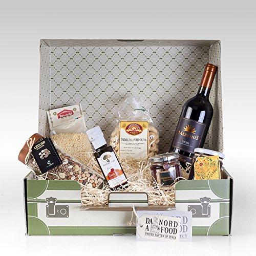 """Cesto Natale Idea Regalo """"Antichi Sapori"""": La valigia contiene 1 bottiglia Meridius IGT Toscana 2011 0,75 cl, 1 confezione di Taralli all"""