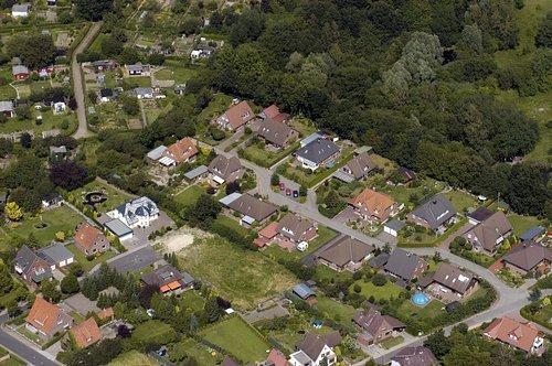 MF Matthias Friedel - Luftbildfotografie Luftbild von Otto-Wels-Straße in Itzehoe (Steinburg), aufgenommen am 05.08.04 um 13:12 Uhr, Bildnummer: 3009-54, Auflösung: 3000x2000px = 6MP - Fotoabzug 50x75cm (Uhr Wels)