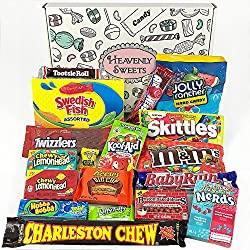 Cesta con American Candy | Caja de caramelos y Chucherias Americanas | Surtido de 18 artículos incluido Reeses, Skittles, Nerds, Hersheys| Golosinas para Navidad Reyes o para regalo