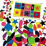Baker Ross Figuras de fieltro autoadhesivas para collages, tarjetas y álbumes de recortes infantiles - Pack de 195.