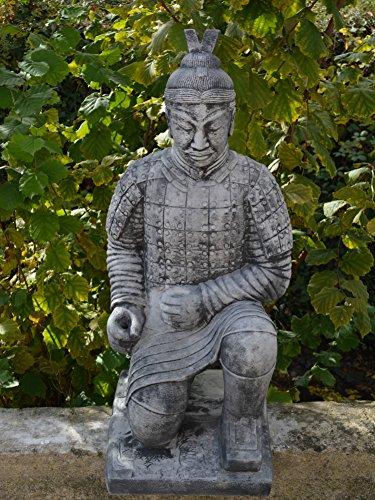 Chinesischer Terrakotta Krieger Soldat Zen Tempelkrieger Qin aus Steinguss, frostfest