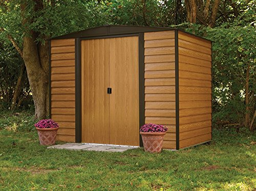 When you cast your eyes on the Rowlinson 8 x 6ft Woodvale Metal Shed you will be amazed by it. The metal shed has an interesting design that combines metal and vinyl woodgrain panels to create an appealing style. It can blend in with the environment without being an eye-sore.