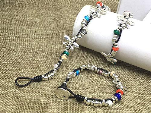 Imagen de pulsera zamak libélula con cordón de cuero