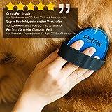 Fell-Pflege Gummi-Striegel von PetPäl für Hunde & Katzen mit Massage-Effekt in Salon Qualität | DAS ideale WEIHNACHTS-GESCHENK | Professionelle Bürste mit Noppen für kurzes bis mittellanges Fell +2 Gratis Abstracts | Ideales Ausbürsten von Staub & losem Haar für gesundes, glänzendes Fell - 5