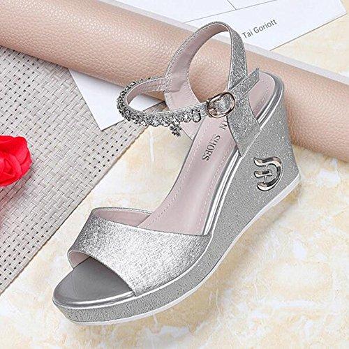 Kleid Größe Diagramm (Sandalen Damenschuhe PU Frühling Sommer Keilabsatz für Kleid Weiß Schwarz stilvoll (Farbe : Silber, größe : EU38/UK5.5/CN38))