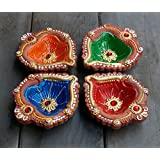 Store Indya, Colorful main en terre d'argile / terre cuite decoratifs diyas Lampes / huile avec strass / Jewel pour Pooja / Diwali / Puja Ensemble de 4