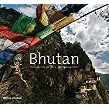 Bhutan: The Land of Serenity by Matthieu Ricard (2012-09-03)