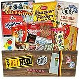 Süssigkeiten Box mit Waren DDR | Liebesperlen Babyfläschchen, Othello Wikana Viba… | Geschenkkorb mit Kultprodukten