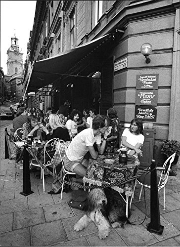 vintage-photo-of-patrons-seated-outside-the-restaurant-rudolfino-in-stockholms-old-town