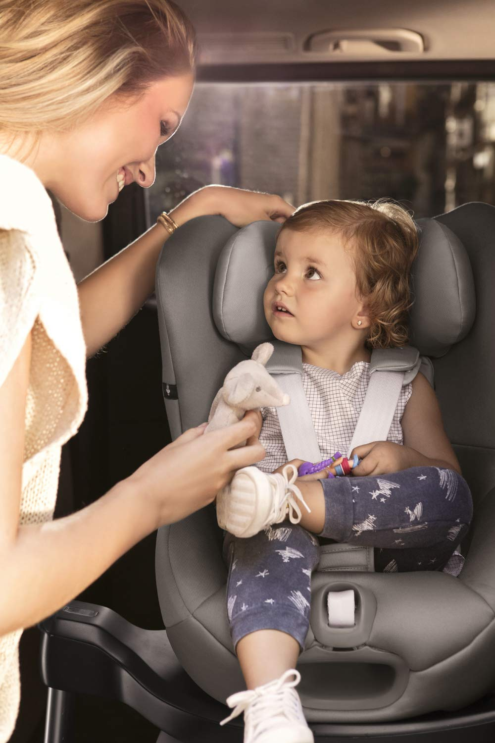 CYBEX Gold Sirona S i-Size Car Seat with 360° Swivel Mechanism and ISOFIX, Incl. SensorSafe chest clip, From Birth to approx. 4 years, Up to Max. 105 cm Height, Fancy Pink  Cybex gold car seat sirona s i-size incl. sensorsafe Item number: 519001863 Colour: fancy pink 7