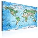 murando - Weltkarte Pinnwand 120x80 cm Bilder mit Kork Rückwand Set mit 50 Markierfähnchen-Pinnnadeln Vlies Leinwandbild Korktafel Wandbilder XXL Kunstdrucke Lernkarte Reise Landkarte k-A-0154-p-a