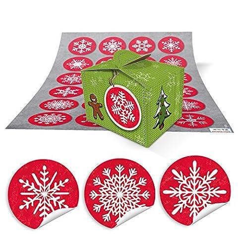 Bastel-Geschenk-Set Weihnachtsverpackung: 24 kleine hell-grüne Mini-Schachteln (8 x 6,5 x 5,5) + 24 runde rot-weiße Aufkleber mit Schneeflocken zum Selbermachen, Basteln + Befüllen mit Kleinigkeiten