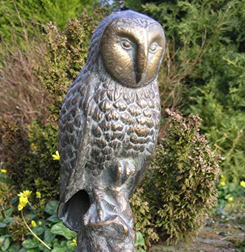 Delightful Gusseisen Garten Skulptur der ein Eule Hand fertig in eine Antik Bronze