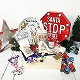 Deluxe personalisierbar Familie Pre gefüllt CHRISTMAS EVE Box Licht bis Santa Stop Here Zeichen, SNATA, Santa Flasche, Santa Schlüssel, Rentier Lebensmittel, heiße Schokolade, Kerze, Weihnachten Buch, Cracker, Karten, Marshmallows,