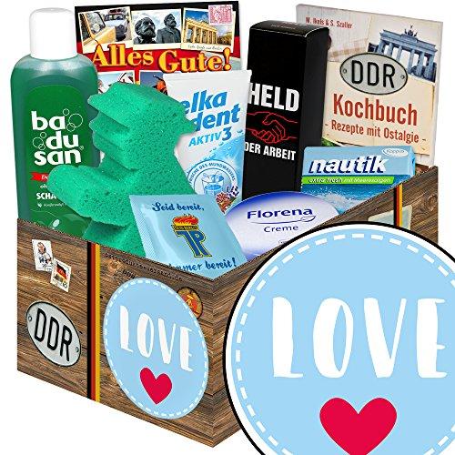 Love   DDR Box   mit Florena Creme, Elka Dent, Badusan und mehr   GRATIS Aufkleber - Love (Ich Pflege, Weil Sie)