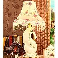 Lily's-uk Amore Desk Lamp Swan European Luxury lampada in ceramica Soggiorno Camera da letto comodino luce della lampada di nozze regali di