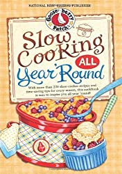Slow Cooking All Year 'Round: More than 225 of our favorite recipes for the slow cooker, plus time-saving tricks & tips for everyone's favorite kitchen helper! (Everyday Cookbook Collection) by Gooseberry Patch (2013-01-16)