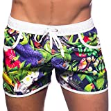 Photo de Andrew Christian Short de Bain Tropical Birds par Andrew Christian