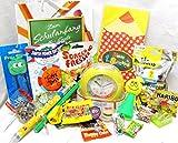 111607 Geschenktasche Schulanfang mit Karte für Junge oder Mädchen gefüllt mit Spielsachen & Süßigkeiten Lernwecker Sorgenfresser Flummi etc.
