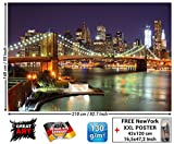 Fototapete New York Wandbild Dekoration Brooklyn Bridge bei Nacht leuchtende Wolkenkratzer Skyline Wall Street USA Deko | Foto-Tapete Wandtapete Fotoposter Wanddeko by GREAT ART (210x140 cm)