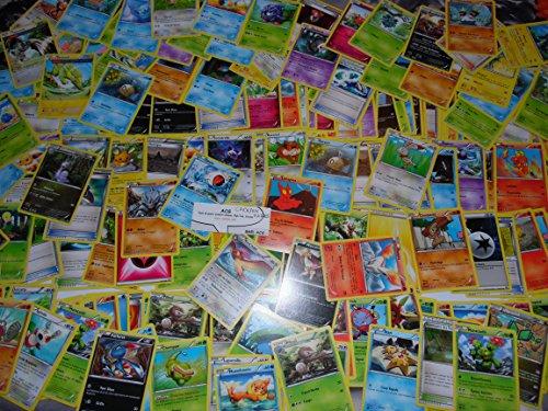 Lot en Vrac de 100 cartes pokémon communes et rares + 1 boite métal pokébox en cadeau 0820650116018