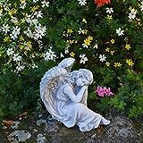 Schlafender Engel aus Steinguss