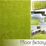 floor factory Moderner Teppich Seasons grün 80x150 cm - flauschig weicher Hochflor Teppich in aktuellen Trendfarben