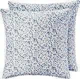AmazonBasics - Kissenbezug, Mikrofaser Blau mit Blumenmuster- 2er-Set