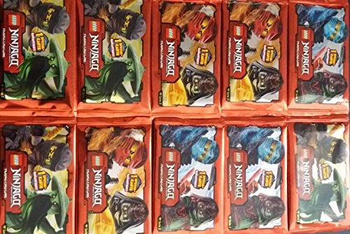 10 Booster LEGO Ninjago Karten Serie 2 - 10 Pack á 5 Sammelkarten