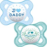 MAM I Love Mummy and Daddy Soothers 0+ Months (Pack of 2), Baby Soothers with Self Sterilising Travel Case, Newborn Essentials, Blue (Designs May Vary)
