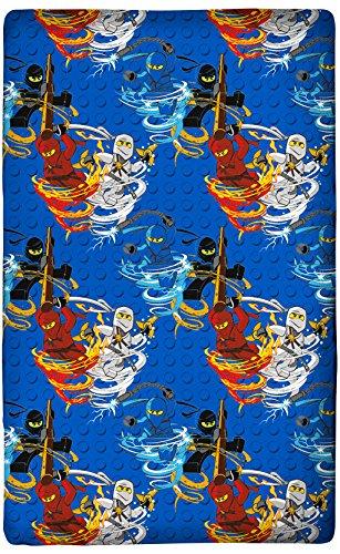 Spannbettlaken Lego Ninjago 90/100 cm x 190/200 cm Motiv Blue Tornado 100% Baumwolle Cole Jay Kai Lloyd Zane Nya Misako Sensei Wu Spannlaken Bettlaken Laken Spannbetttuch passend zur Bettwäsche