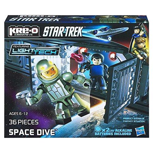 Hasbro Kre-O Star Trek Space Dive Bausatz mit Mr. Spock und Captain Kirk A3138, 36 Bausteine mit Light Tech Funktion