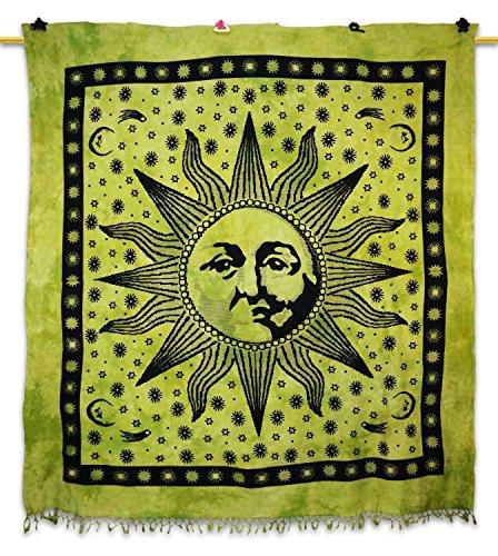 handicrunch-green-wall-decor-ontwerp-van-de-zon-bohemian-tapestry-hippie-cott