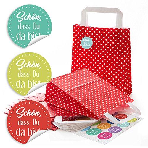 Papier-Tragetaschen Henkel-Tüten mit weißen Punkten und Boden (18 x 8 x 22 cm) kleine Papiertaschen und 24 runde Aufkleber 4 cm SCHÖN DASS DU DA BIST in bunten Farben (22. Geburtstag Party-ideen)