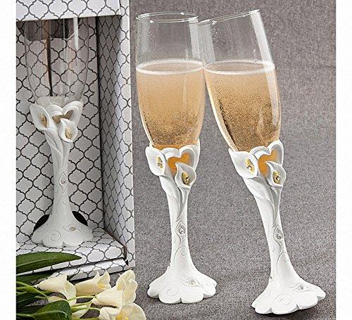 calla-lily-design-toasting-flutes