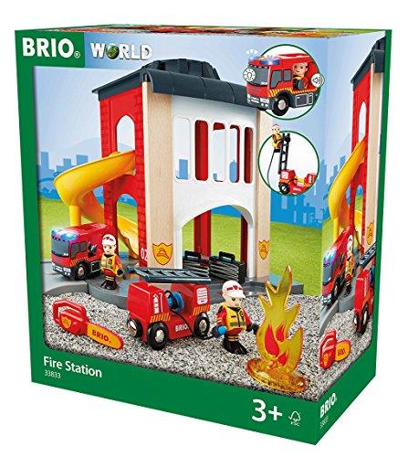 Preisvergleich Produktbild BRIO 33833 - Große Feuerwehr Station mit Einsatzfahrzeug, bunt