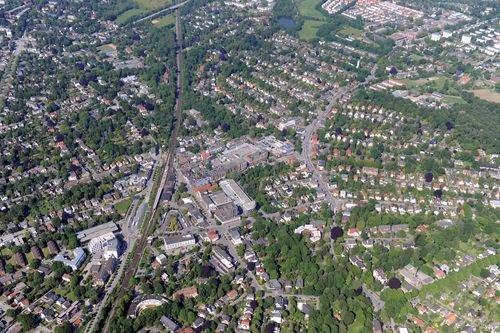 MF Matthias Friedel - Luftbildfotografie Luftbild von Amtsstraße in Rahlstedt (Hamburg), aufgenommen am 25.05.09 um 17:44 Uhr, Bildnummer: 5340-02, Auflösung: 6048x4032px = 24MP - Fotoabzug 50x75cm