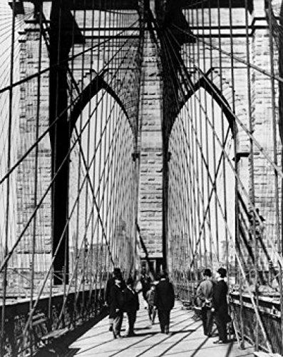 Group of people walking on a suspension bridge Brooklyn Bridge New York City New York USA c. 1883 Poster Drucken (60,96 x 91,44 cm) - Brooklyn Bridge, Suspension Bridge